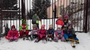 skolka-ihrisko-v-zime